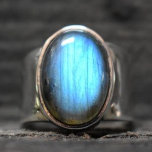 Blue Fire Labradorite Handmade Mens Heavy Ring (925 Sterling Silver)