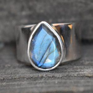 Mens Heavy Ring Labradorite Cut Gemstone (925 Sterling Silver)