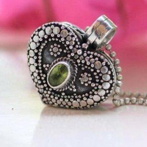 Heart Shape Peridot Gemstone Locket 925 Sterling Silver Jewelry