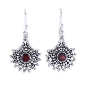 Handmade Garnet Dangle Earrings from India Sterling Silver 925 CutE14