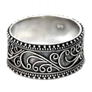 Detailed Artwork 925 Sterling Silver Band Ring MR4